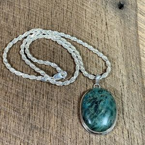 Jewelry - 925 Sterling Silver Moss Agate Necklace